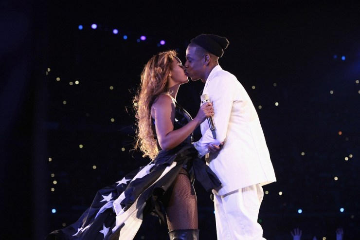 beyonce-jay-z_-on-the-run-live-in-paris