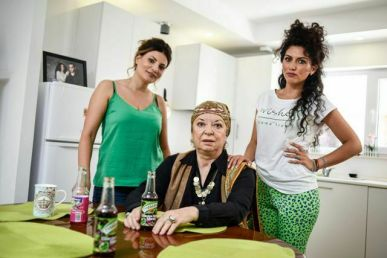 CAND MAMA NU-I ACASA, SERIAL, HAPPY CHANNEL (7)