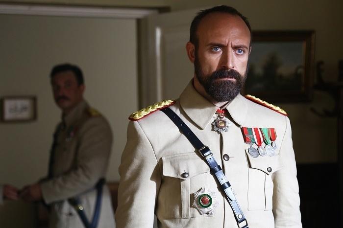 """NOU Serialul turcesc """"Patria mea esti tu"""" cu actorul principal din Suleyman Magnificul, in fiecare seara, la KANAL D"""
