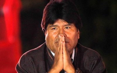 Após reivindicações e orações, Evo Morales promete suspender criminalização das igrejas na Bolívia