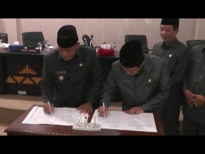 Paripurna Pengesahan Raperda Lkpj 2015 Bupati Lampung Selatan