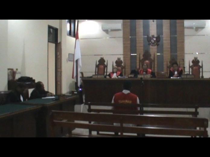 Sidang Kasus Mutilasi Anggota DPRD Tarmidi Di Vonis Satu Tahun Enam Bulan Penjara