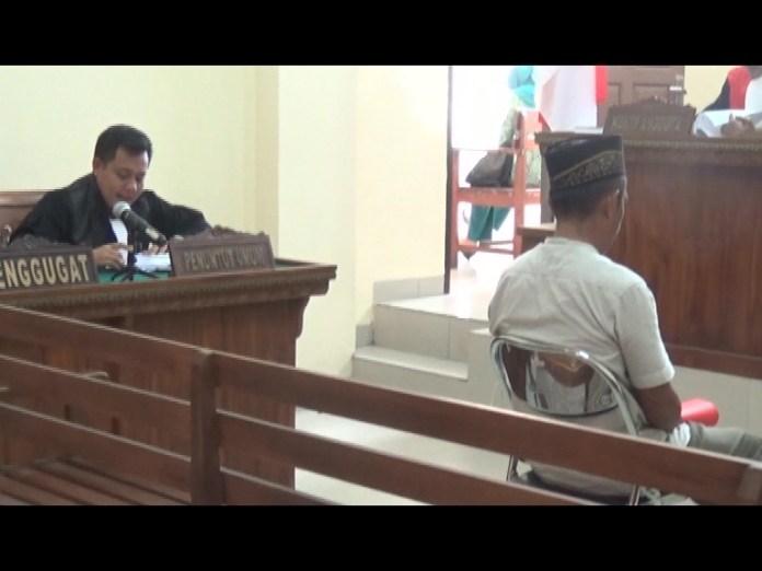 Kepala Kampung Sendang Mulyo Jalani Sidang Perdana Dugaan Korupsi