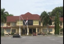 Tiang Bendera Di Depan Kantor Pemkab Patah,Bupati Terkesan Cuek