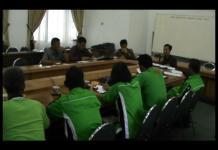 Perwakilan Buruh Sampaikan Aspirasi ke DPRD Lamteng
