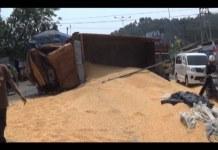 Laka Beruntun, Jalanan ''Banjir'' Jagung