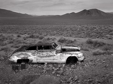 https://i2.wp.com/www.radekaphotography.com/new%20images/Abandoned-car,-Harrisburg-L.jpg