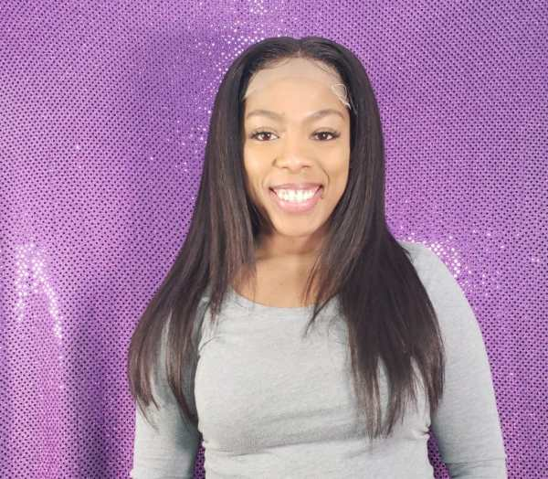 smiling-woman-wearing-wig