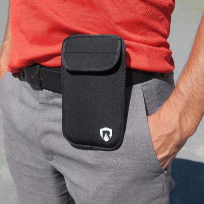 pouch on belt 600