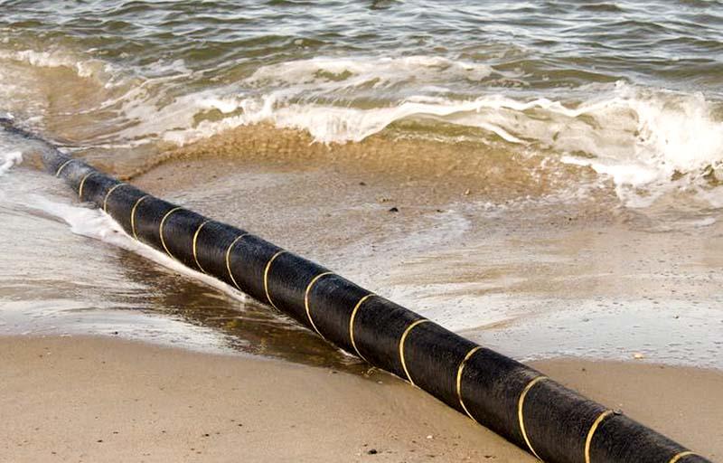 câble sous-marin © DR