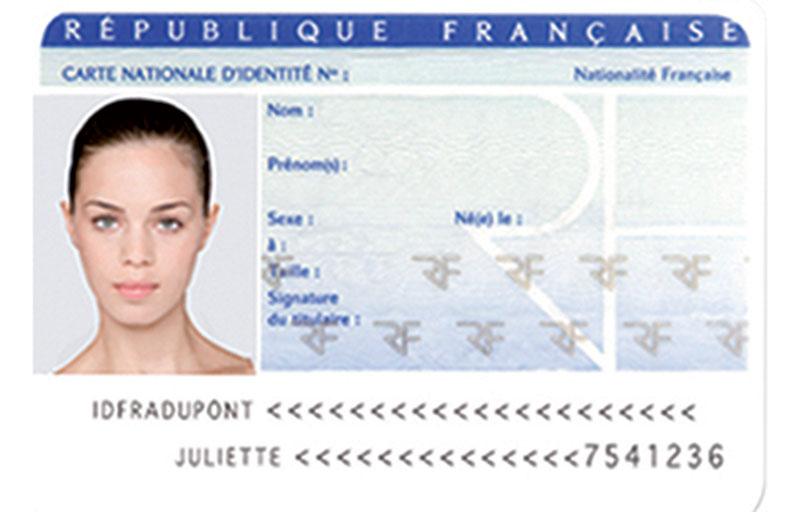 La Nouvelle Carte Didentité Arrive Le 3 Février Radio1 Tahiti