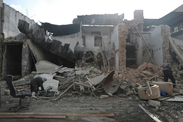 Une maison détruite dans la ville syrienne rebelle de Douma, près de Damas, le 30 décembre 2016 . © AFP