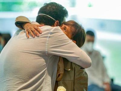 Un Día Internacional del Abrazo distinto, la misma esencia