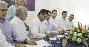 Alcalde de La Paz convive con Arquitectos en su día