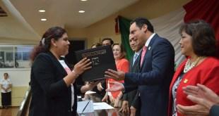 Entrega el Congreso del Estado el Premio Estatal de la Juventud