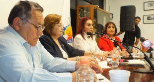 Dialogan representantes populares con la Contralora del Estado