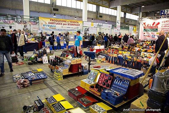 mercato radioamatore 570 Il grande Market per fare shopping in fiera