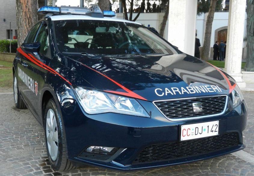 Seat Leon dei Carabinieri Carabinieri presenti alla 51^ Edizione della Fiera Nazionale del radioamatore di Pordenone con O.D.I.N.O.