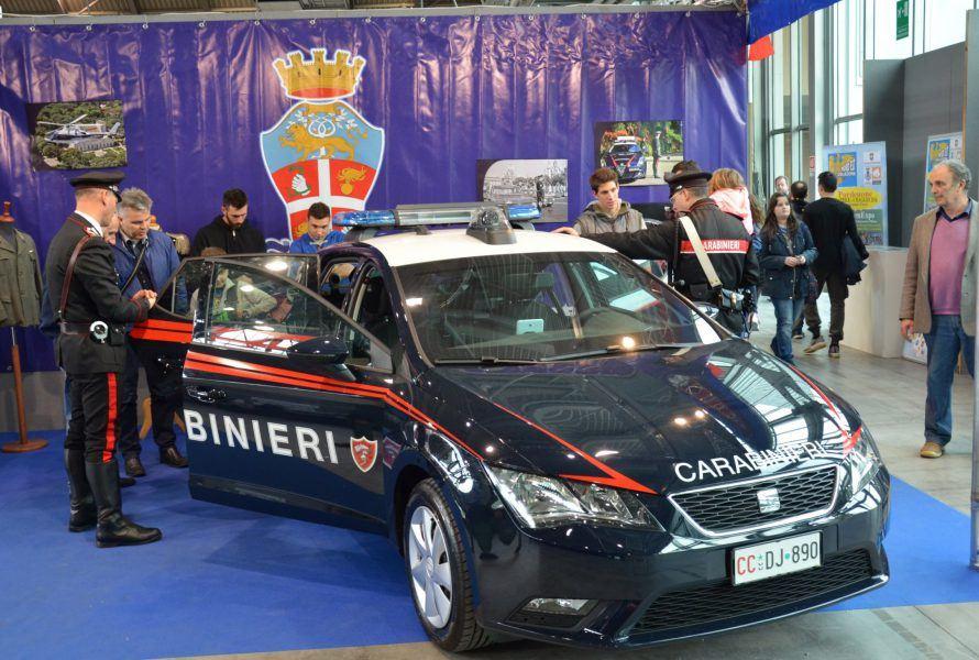 carabinieri 890x600 Carabinieri presenti alla 52^ Edizione della Fiera Nazionale del Radioamatore di Pordenone.