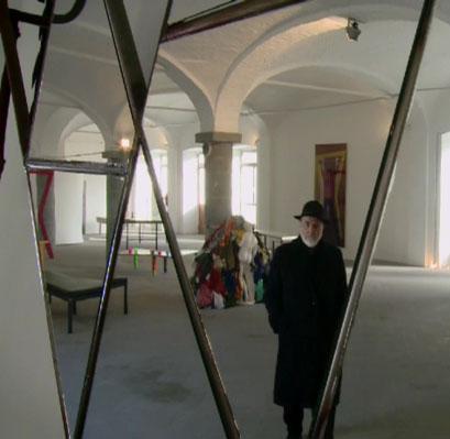 Michelangelo Pistoletto with his installation