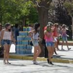Mayoritario desacuerdo con el juego de carnaval en la plaza