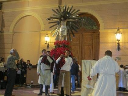 0-cafayate-procesion-del-milagro-cristo