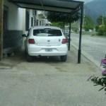 Estaciona como y donde quiere: otro mal ejemplo de una autoridad municipal