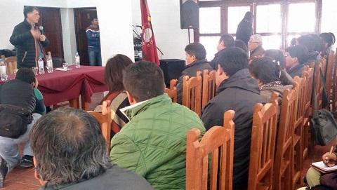 Concejales de once municipios del Valle Calchaquí participaron de un foro en Angastaco