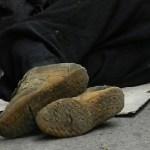 Abusaron sexualmente de un hombre alcohólico en situación de calle