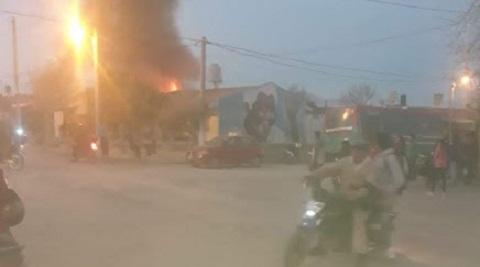 Voraz incendio dejó a una humilde familia sin nada