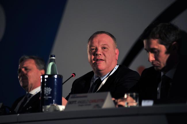 """Jefe de UNI Finanzas: """"América es una región viva"""""""