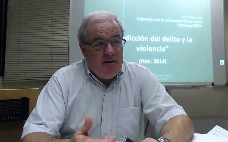 Experto español diserta sobre prevención de la violencia sexual