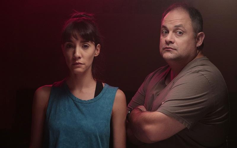 Todos Detrás de Momo, una comedia policial con tinte murguero