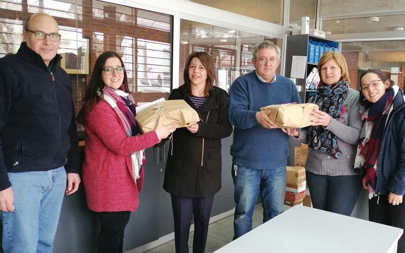 AEBU donó libros para biblioteca de liceo público en Durazno