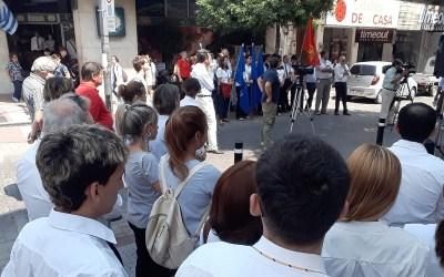 AEBU paró este viernes y se realizó un acto enfrente al BROU de Paysandú