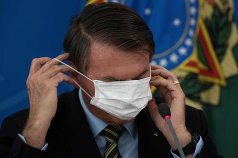 COVID 19: Crisis política en Brasil llega hasta el presidente mientras el virus avanza