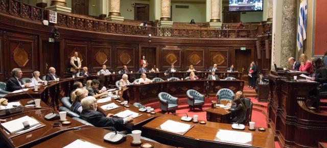 Análisis jurídico y económico de la LUC: una ley marcha atrás