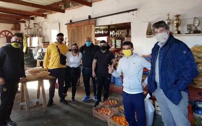 Hinchas de Peñarol organizan «solidaridad sin camiseta» para numerosos barrios