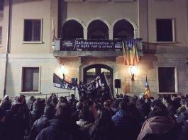Manifestació a la Bisbal d'Empordà per l'inici del judici del Procés | Imatge d'Òmnium Cultural