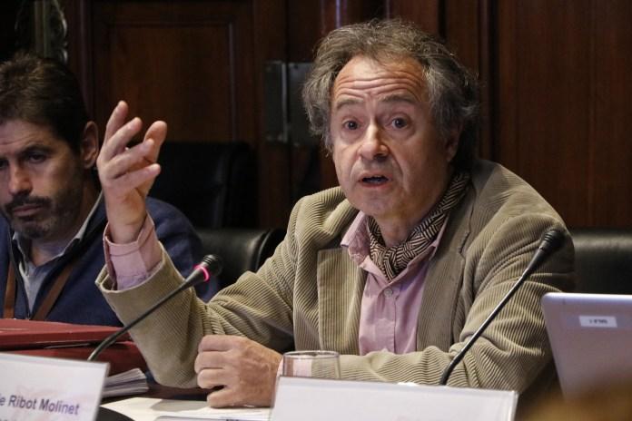 Advocat Eduard de Ribot de SOS Costa Brava al Parlament de Catalunya