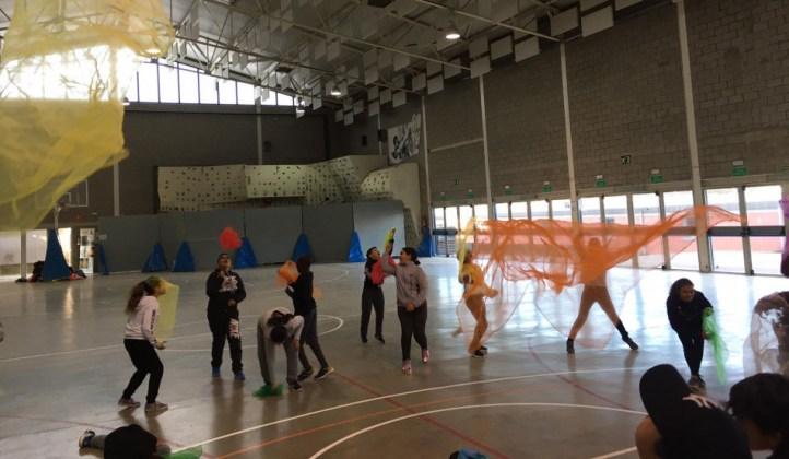 Nens participant als Jocs Esportius Escolars 2019   Imatge de l'ajuntament de la Bisbal d'Empordà