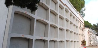 privat:-32-ninxols-nous-al-cementiri-municipal