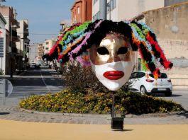privat:-una-cercavila-obre-el-carnaval