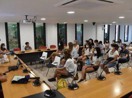 Sessió informativa dels treballadors a Calonge que controlaran les platges i espais públics   Imatge de l'Ajuntament
