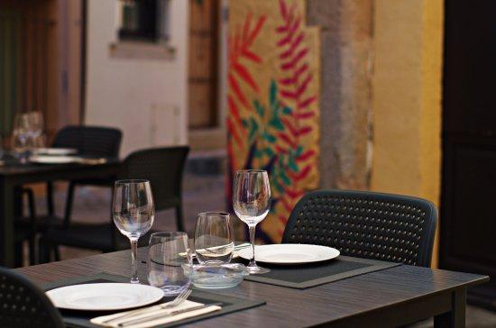 La baixada de temperatures perjudica els bars i restaurants amb terrassa