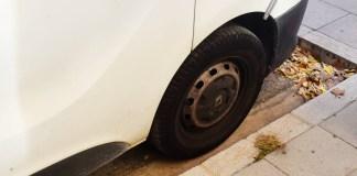 privat:-l'ajuntament-continua-treballant-per-retirar-els-vehicles-abandonats-de-la-via-publica
