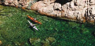 privat:-l'area-de-medi-ambient-edita-una-guia-submergible,-per-a-caiac,-sobre-la-geologia-del-litoral-de-tamariu