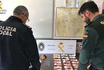 La Palma del Condado | La Guardia Civil en colaboración con la Policía Local desarticulan un punto de venta de droga en un parque infantil