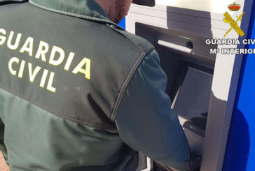 Lepe | La Guardia Civil esclarece un delito de robo de una tarjeta de crédito localizando a los supuestos autores