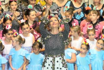 Cartaya Tv | La Academia Mpal. de Baile de Cartaya presenta «Salitre»
